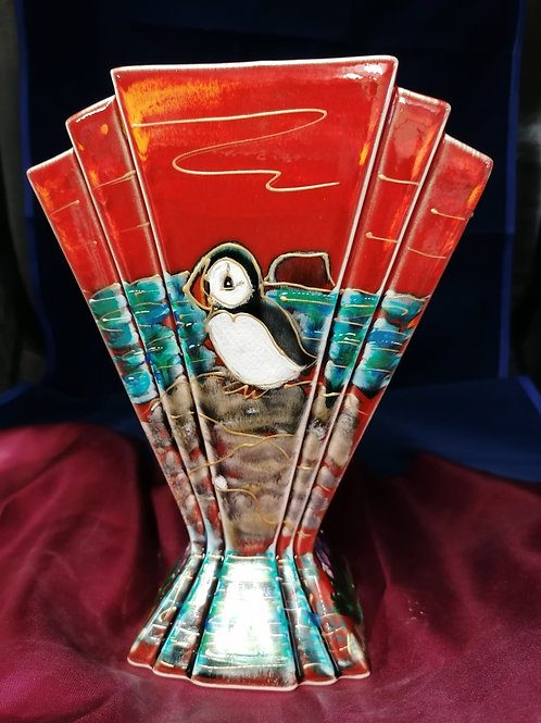 22cm Puffin fan vase handpainted to order