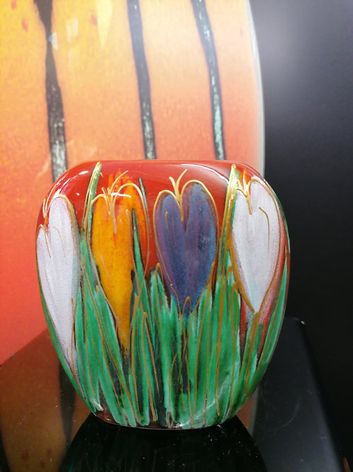 12cm crocus purse vase hand painted