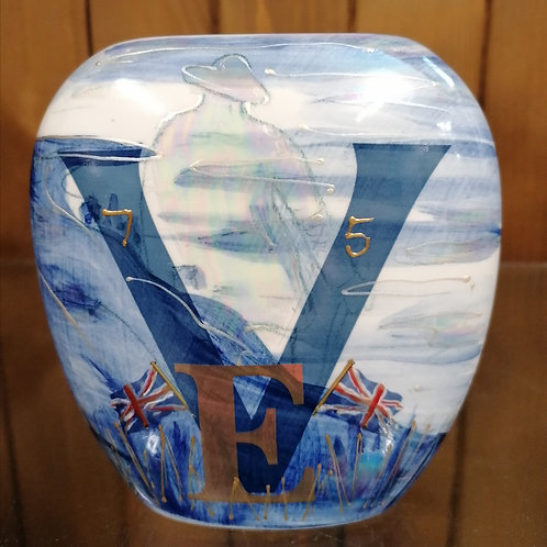 Made to order 12cm Ltd ed of just 75 VEday handpainted 75th Anniversary vase