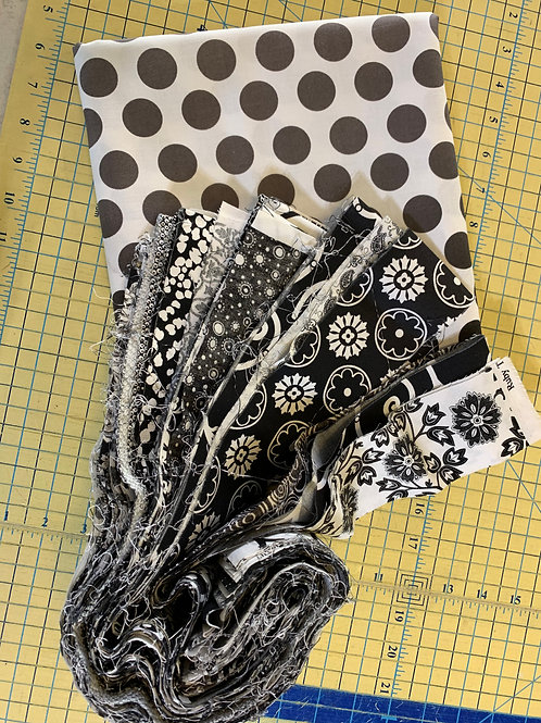 Black/white Jelly Roll w/border fabric