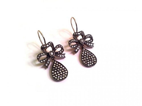 Handmade Gorgeous Earrings with Sparkling Diamonds in Silver