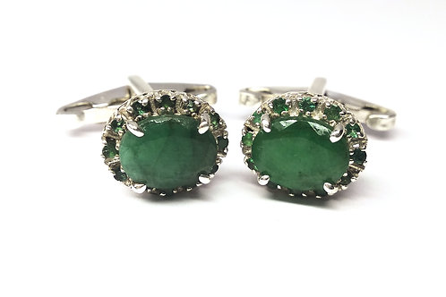 Elegant pair of Natural Emeralds Cuff-links in 925 Sterling Silver