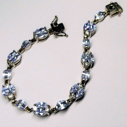 Exclusive 925 Sterling Silver Good Quality Natural Blue Topaz Bracelet