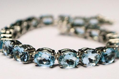 Natural Blue Topaz Bracelet in 925 Sterling Silver