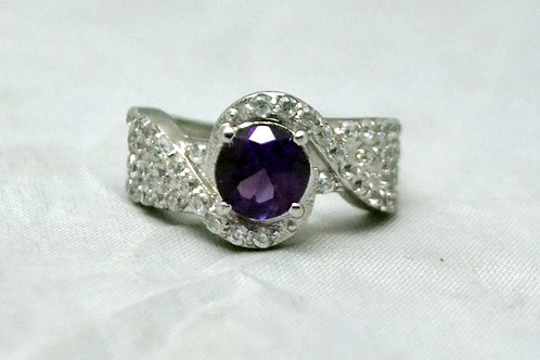 Natural Amethyst & Cz Beautiful Ring in 925 Sterling Silver
