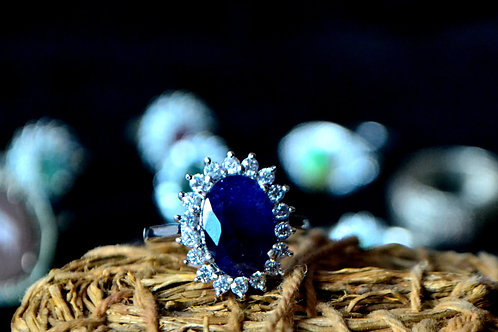 Natural Blue Sapphire Beautiful Ring embedded with Zircon in 925 Sterling Silver