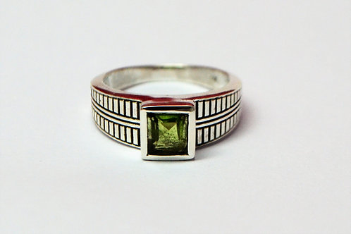 Natural Peridot Men's Ring in 925 Sterling Silver