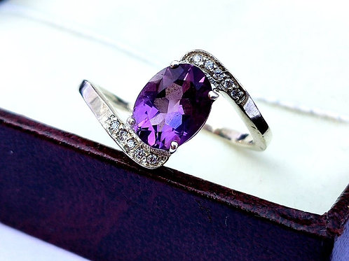 Natural Amethyst & CZ Women New trendy Ring in 925 Sterling Silver