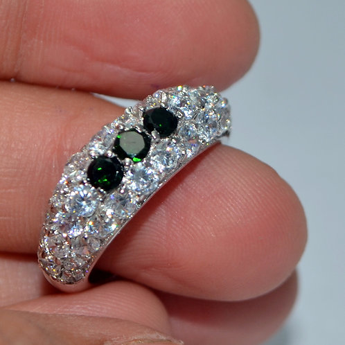 Beautiful Design in Natural Emerald with Zircon in 925 Sterling Silver Ring
