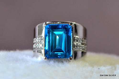 Natural Octagon Blue Topaz Swiss Blue color in 925 Sterling Silver Ring