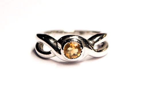 Ethnic Natural  Citrine Women Ring in 925 Sterling Silver