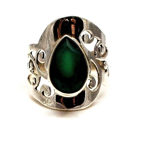 Good Quality Natural Green Onyx Beautiful Ring in 925 Sterling Silver