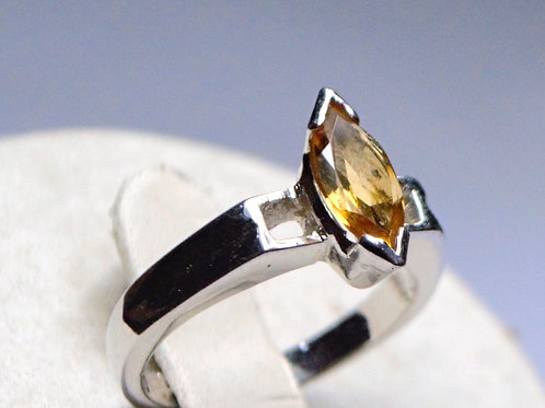 Exclusive 925 Sterling Silver Quality Natural Citrine Women Ring