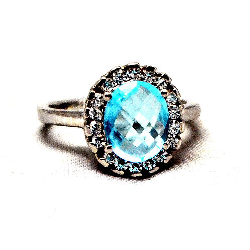 Natural Blue Topaz & Cz Beautiful Ring in 925 Sterling Silver