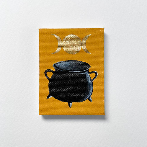 Mini Cauldron with the triple moon in gold painting