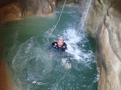 Pure Canyoning