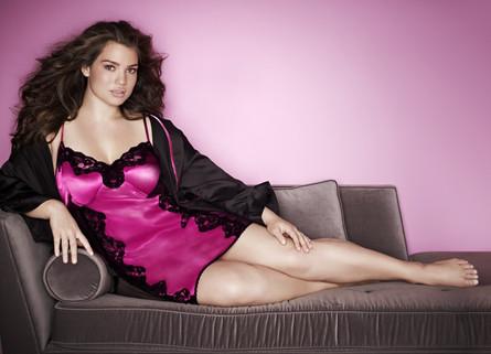 Cacique-intimates-2012-2013-Kristen-Ande