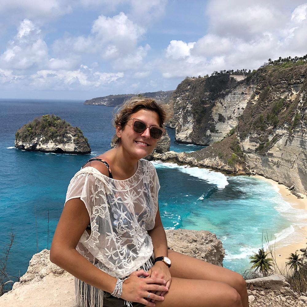 confident-female-entrepreneur