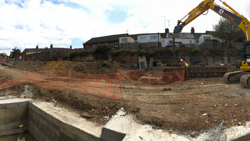 Lift pits being cast at Tayfen Road