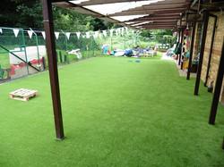 גרין דוג עיצוב נוף וחוץ דשא סינטטי