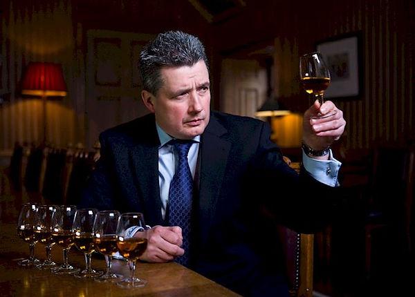 威士忌大師訪談: 百齡罈暨皇家禮炮全球首席調酒師Sandy Hyslop