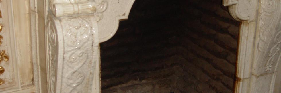 Камин в банкетном зале фото 4