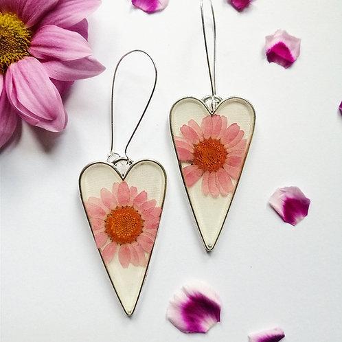 Pink daisy hearts