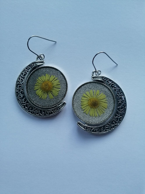 Floral spinable earrings