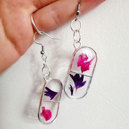 Flower capsules earrings