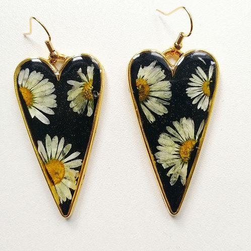 Daisy heart earrings