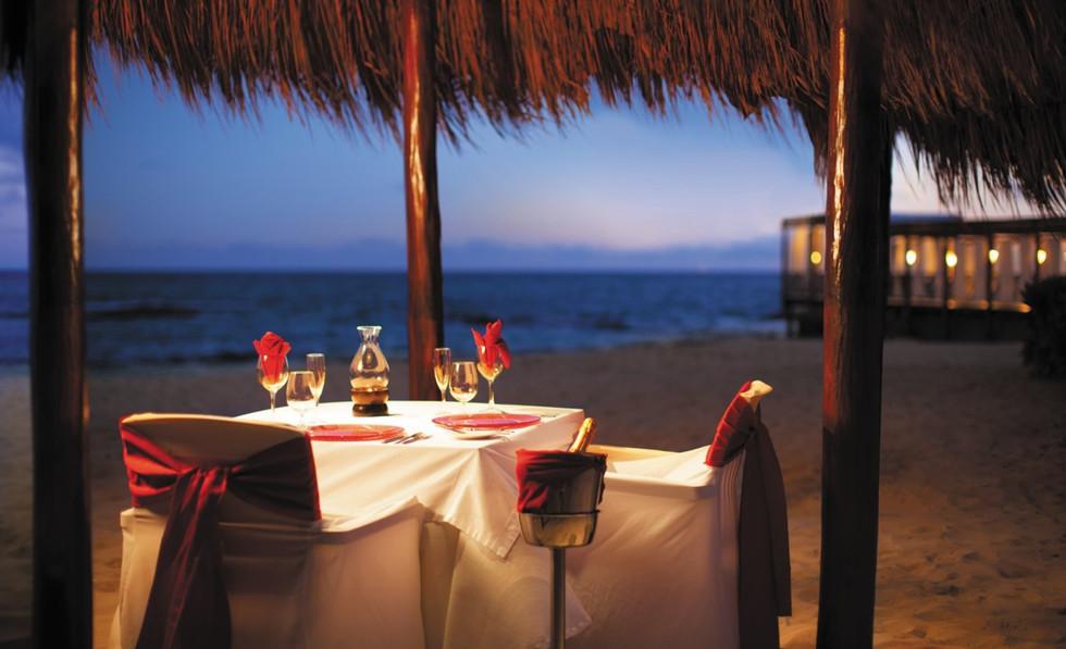 Dinner on the beach.jfif