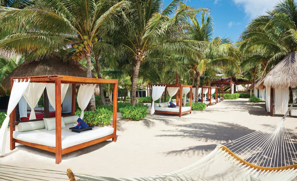 Royal Bali beds.jfif
