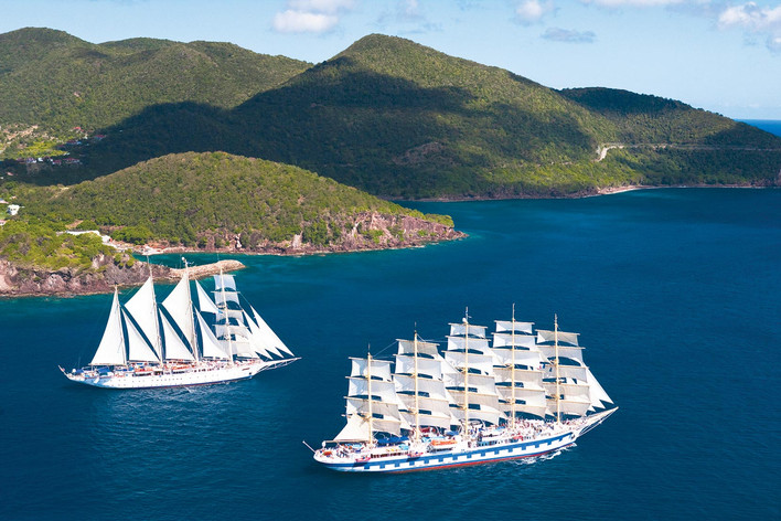 Star Flyer and Royal Clipper sail together