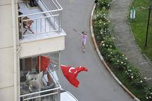 04_Birnur_Yenier.jpg