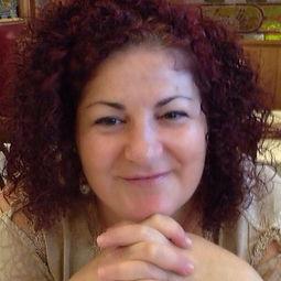 Maria Fernandez Pajares Terapeuta Floral y Consteladora
