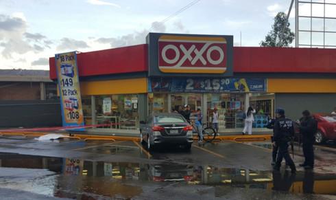Detiene SSP a menor por robo a un OXXO en Minatitlán