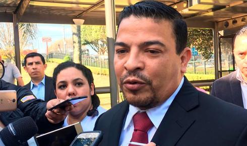 No gastamos el dinero de los veracruzanos para comprar conciencias: Gómez Cazarín