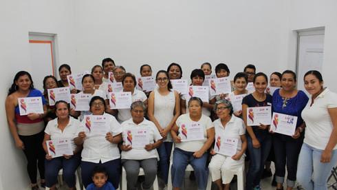 Son capacitadas 31 cocineras del sistema DIF municipal