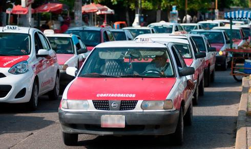 Circulan sin placas ni permisos más de 30 mil unidades de Transporte Público en Veracruz