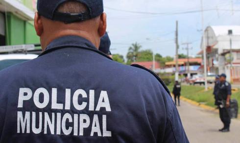 Director de la Policía Municipal inserta más de 60 policías falsos