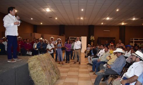 Arranca en Minatitlán el programa 'Crédito ganadero a la palabra'