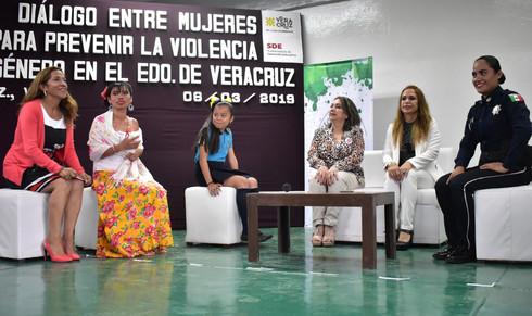 Buscan frenar violencia contra la mujer desde edades estudiantiles