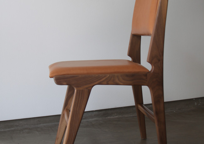 thomas_hayes_the_mejia_dining_chair_4jp