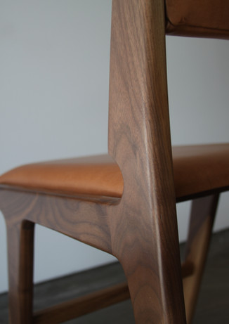 thomas_hayes_the_mejia_dining_chair_3jp