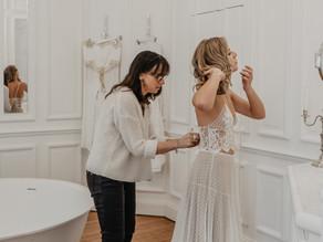 Pourquoi choisir une créatrice de robes de mariée sur-mesure ?