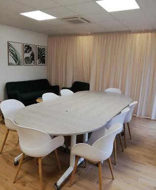 Salle de repos et de réunion