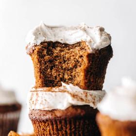 Chai-Cupcakes-vegan-paleo-6-683x1024_edited.jpg