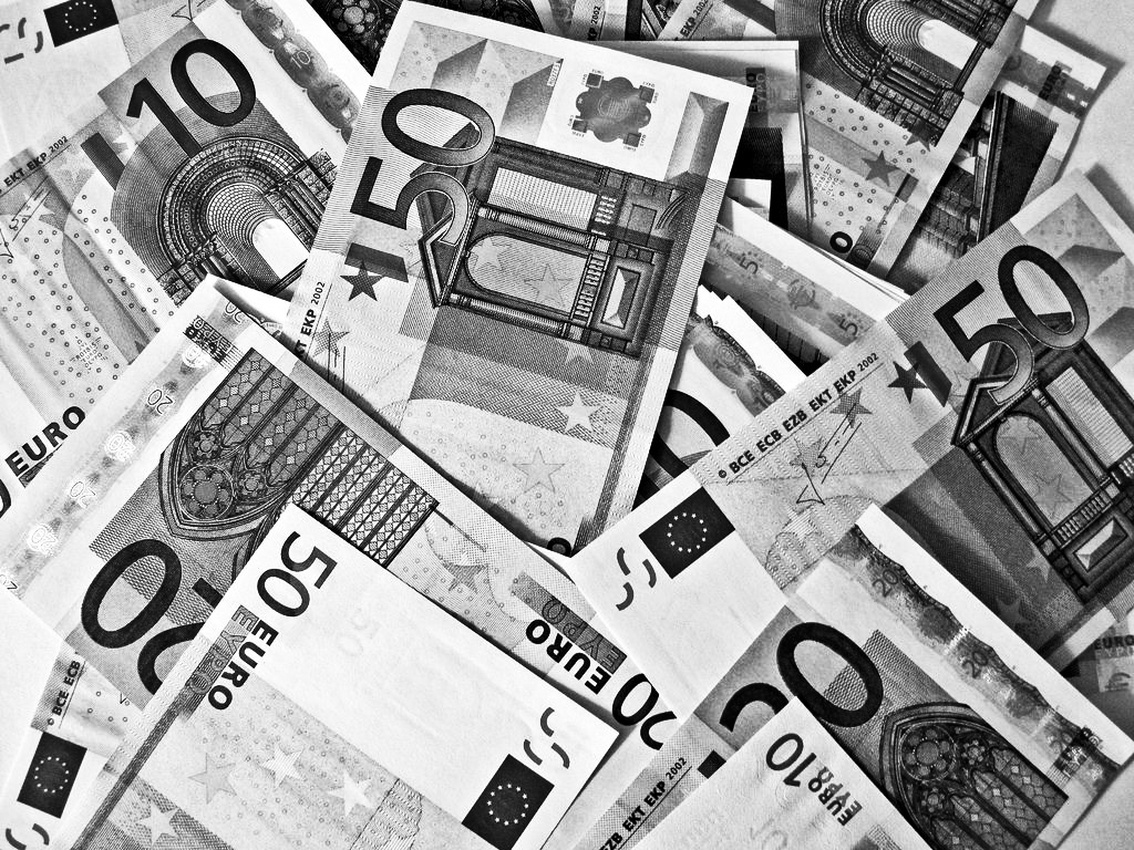 Black and White euros