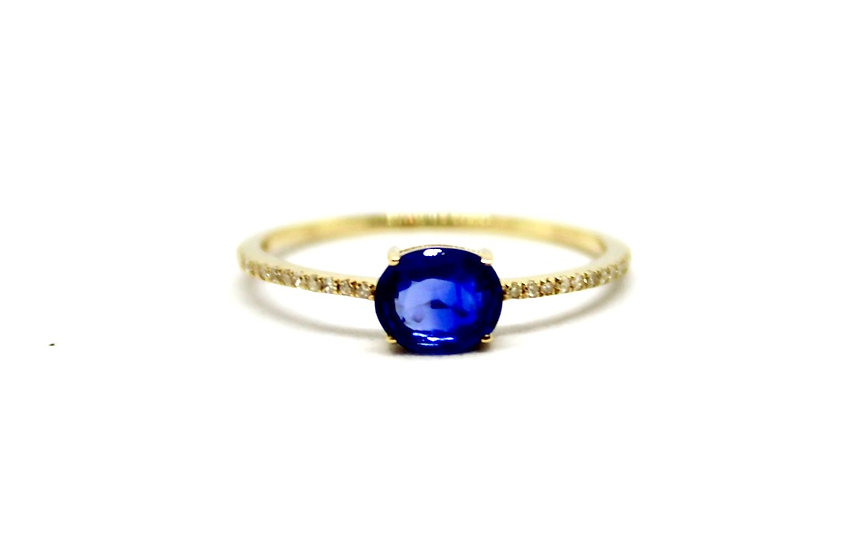 yellow gold sapphire solitaire ring, Barrett Ford Jewelry