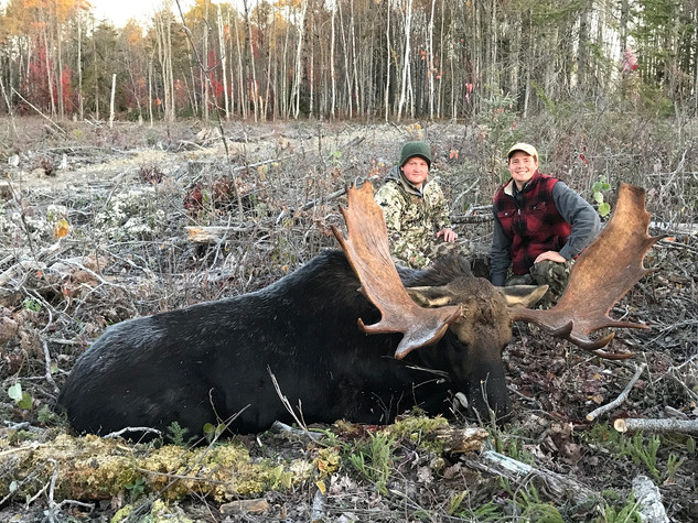 The guides with Matts moose